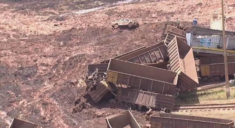 Rompimento da barragem em Brumadinho deixou 270 mortos, em janeiro de 2019