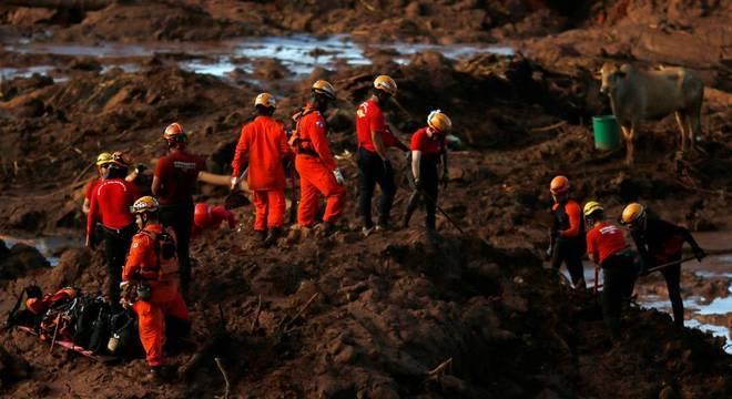 Número de mortos subiu para 60 pessoas. Desaparecidos são 292