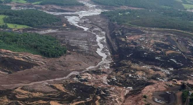 Os rejeitos de minério de Brumadinho já chegam a quase 100km