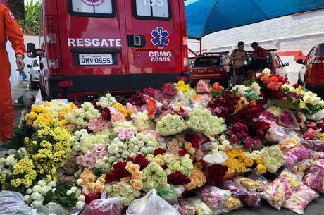 Moradores de BH e Brumadinho doaram as flores