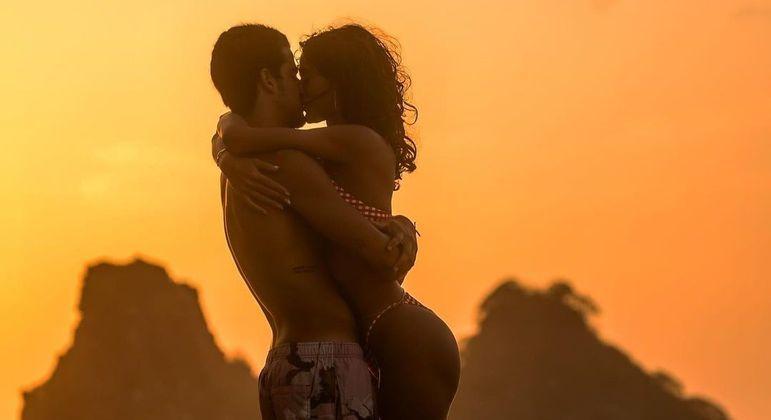 Bruna Marquezine e Enzo Celulari assumiram o namoro esta semana
