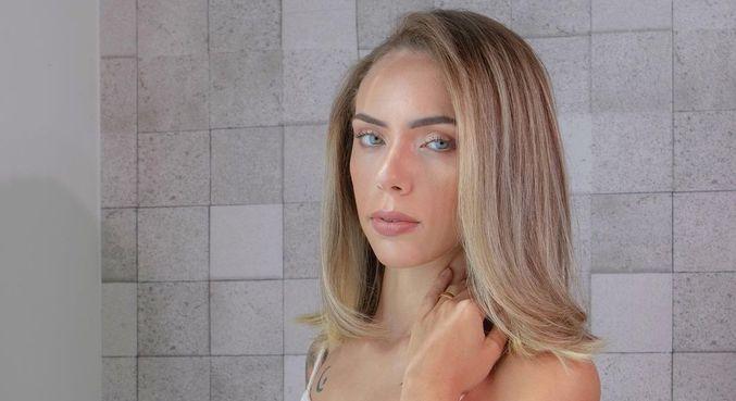 Bruna trabalha como modelo desde os 10 anos