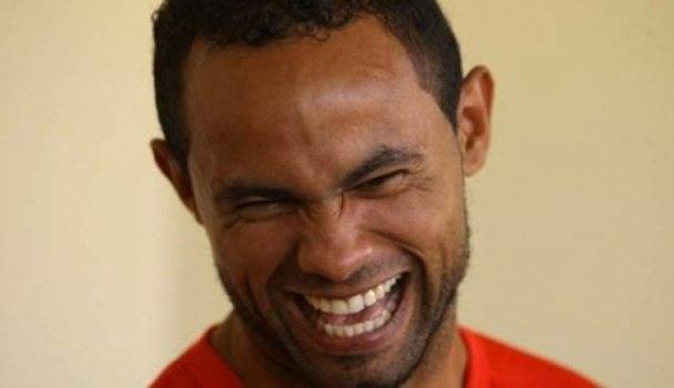 Bruno não só volta ao futebol hoje. Mas como capitão do Rio Branco, no Acre. Inacreditável