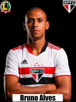 Bruno Alves - 6,0: Foi bem nos combates para disputar a bola e não deixou a bola chegar na arena defensiva com facilidade.