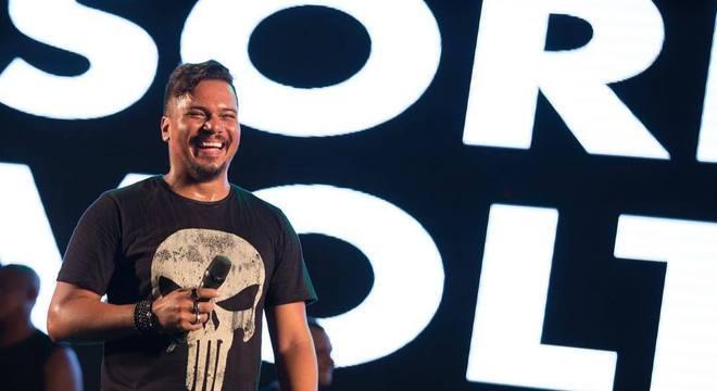 Bruno Cardoso ficará fora dos palcos durante um mês por água na pleura