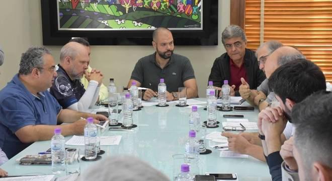 Bruno Covas se reúne com secretários para debater alternativas de abastecimento em SP