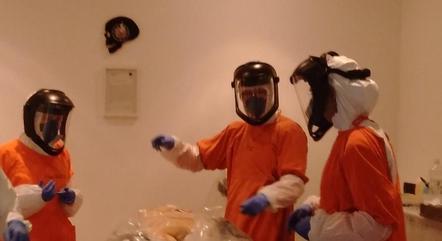 Bruno e colegas em ação durante a pesquisa