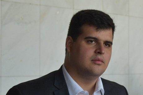 Bruno Engler (PRTB) continua sem candidato a vice