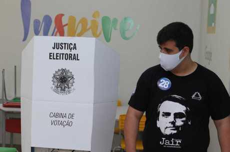 Candidato contou com apoio de Bolsonaro