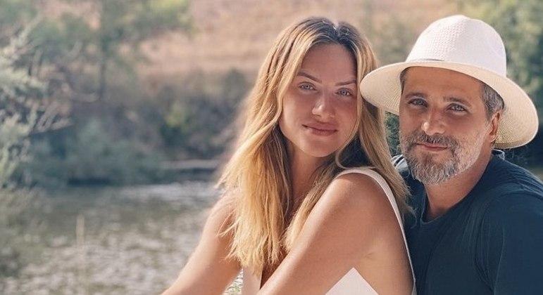 Bruno Gagliasso se declarou para a mulher no Instagram