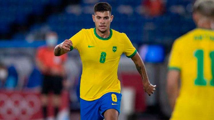 BRUNO GUIMARÃES (V, Lyon) - Oscilou ao receber chance entre os titulares da Seleção Brasileira e viu Gerson ganhar o posto de titular. Segue no