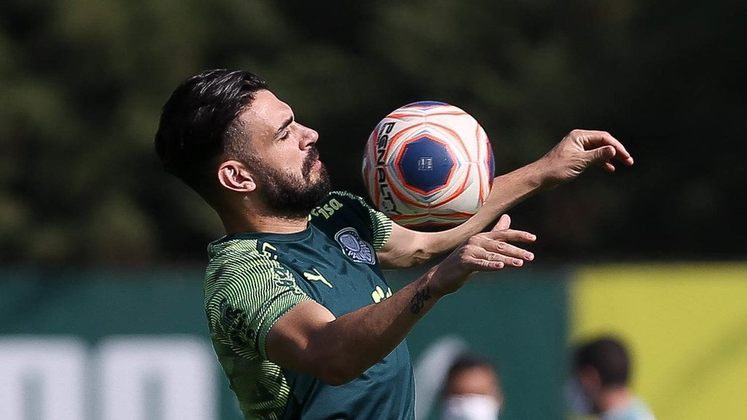Bruno Henrique - 12 jogos - 593 minutos - 0 gols - 1 assistência - 10 finalizações