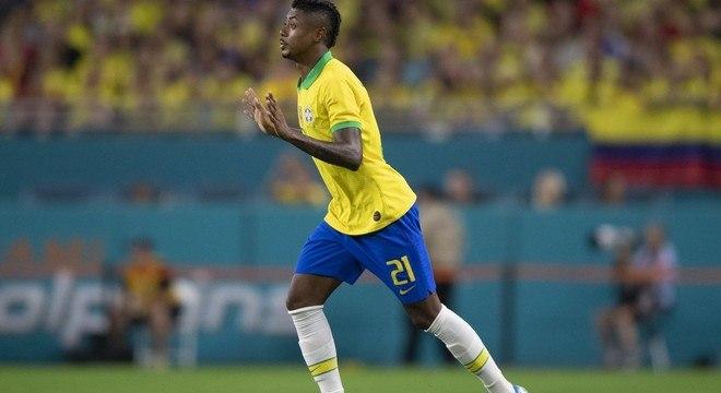 Bruno Henrique na Seleção Brasileira. Evolução graças a Jesus
