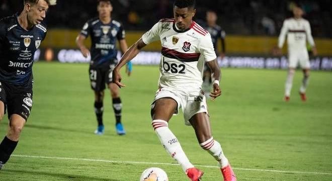 Bruno Henrique vai ser poupado da final contra o Independiente Del Valle