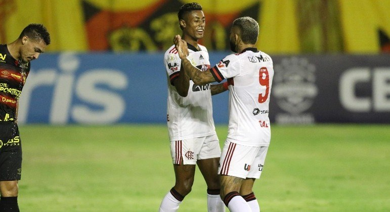 Bruno Henrique e Gabigol marcaram na vitória do Flamengo sobre o Sport