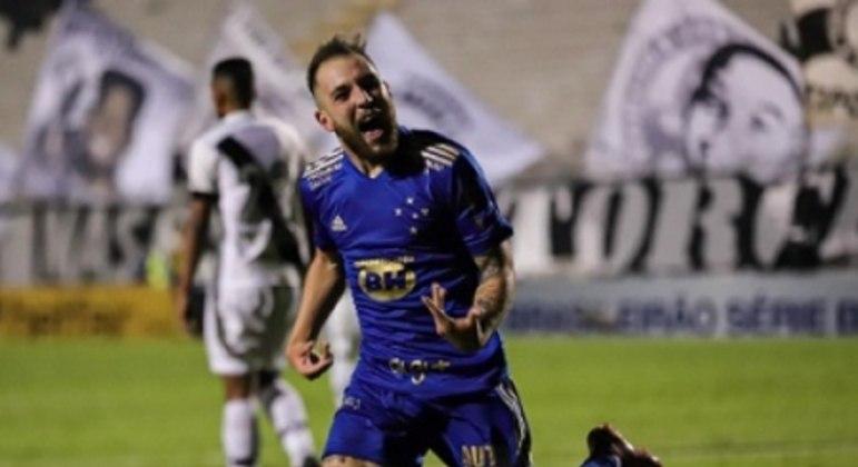 Bruno José jogou bem e ainda fez o gol da vitória celeste em Campinas
