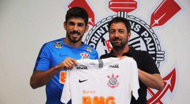 Bruno Méndez. Jogador reserva dos reservas complica o Corinthians na Fifa