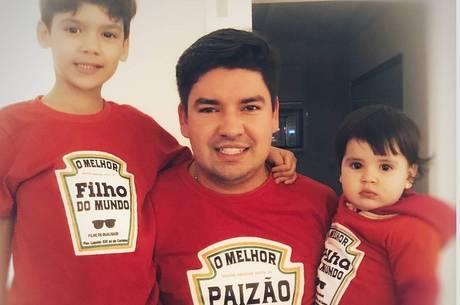 Bruno Peruka ao lados dos filhos Gustavo e Alice