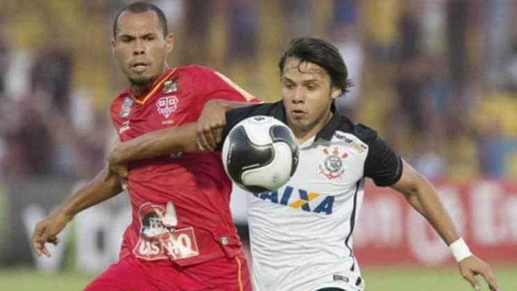 Bruno Silva - O outro zagueiro titular daquela equipe era Bruno Silva, que está no Guarani e chegou a defender o Vasco