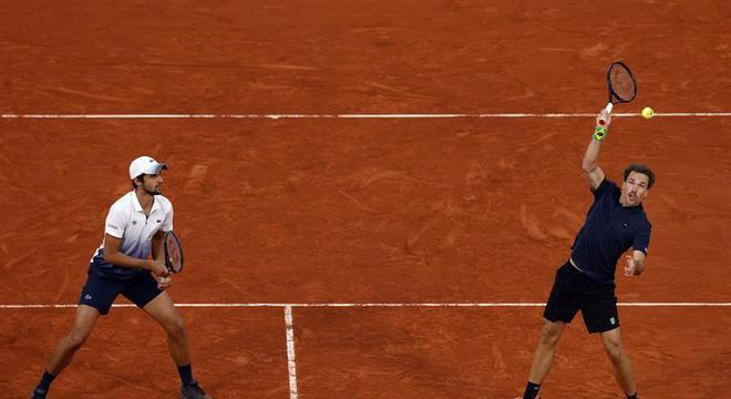 Bruno Soares e sua dupla ficaram com o vice em Roland Garros