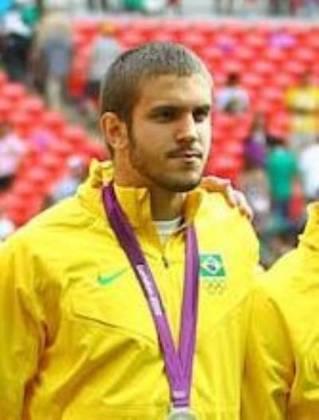 Bruno Uvini -  O zagueiro conquistou a medalha de prata nas Olimpíadas de Londres-2012, quando o Brasil perdeu a final para o México por 2 a 1.