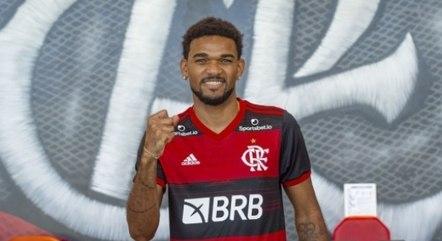 Bruno Viana foi contratado pelo Fla