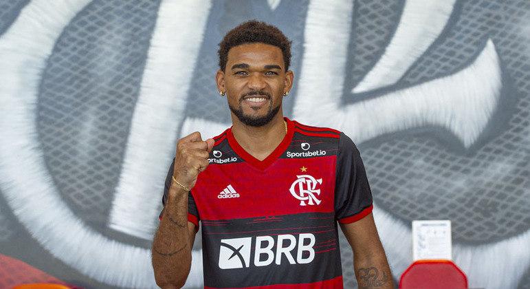 Bruno Viana - Zagueiro - 26 anos - Contrato até 31/12/2021 (emprestado pelo Braga-POR)