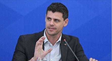 Funchal: programas não são a melhor política do momento