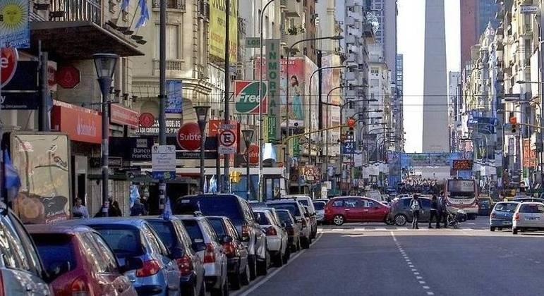 """Motoristas de Buenos Aires: curso sobre  """"Feminicídios, Transfeminicídios e Crimes de Ódio"""" para renovar a carta"""