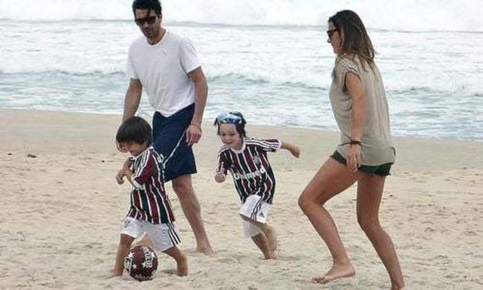 Na Copa das Confederações, em 2013, Buffon veio ao Rio e se encantou com as cores do Fluminense. Ele disse que os filhos se apaixonaram pelas cores e pela camisa e agora levam o clube no coração