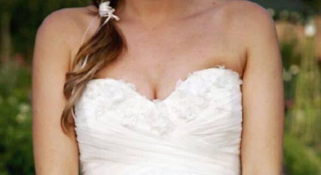 Buquê formado com flores de gérbera branca