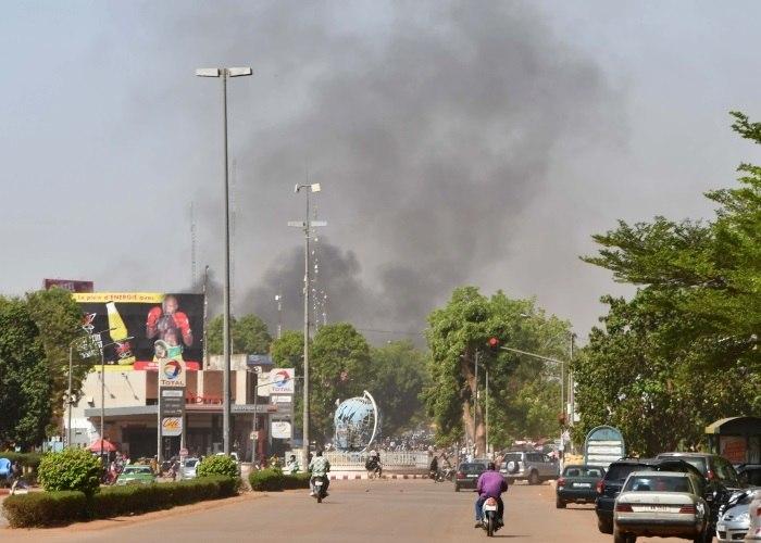 Ataques em Burkina Faso matam 16