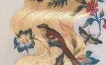 Os fios descoloridos das modelos são decorados com delicados motivos naturais, como flores, frutas vermelhas, borboletas e pássarosVeja também:Celebridades apostam em perucas como acessório de beleza criativo