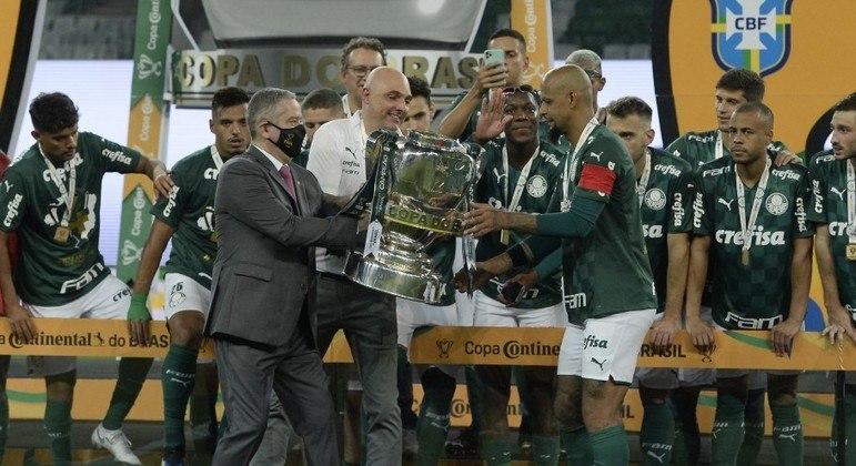 O presidente da CBF, Rogério Caboclo, dá seu apoio aos clubes. Quer que Paulista continue