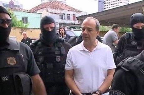 Cabral está preso em Bangu 8