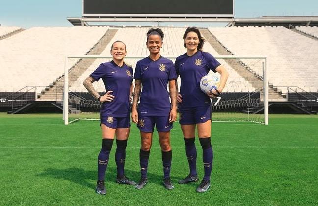 Cacau, Grazi e Gabi Zanotti estrearão o novo uniforme na decisão do Brasileirão Feminino, contra o Palmeiras, na Neo Química Arena, neste domingo, às 21h.