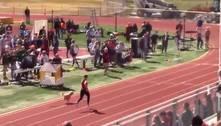 Cachorra vence prova de atletismo e quase bate recorde de Bolt