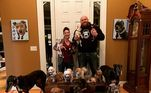 Um casal de Nova York, nos Estados Unidos, desembolsou uma verdadeira fortuna para reformar a própria casa para seus cãezinhos. O investimento, no entanto, nada tem a ver com luxo, e sim com tornar a vida deles mais digna e confortável