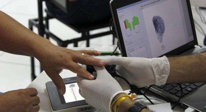 Cadastramento biométrico é realizado em Belém; STF vai analisar pedido para que eleitores que não tenham feito procedimento possam votar