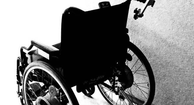 Deficiente físico tem direito ao BPC se renda familiar for de 1/4 do salário mínimo por pessoa