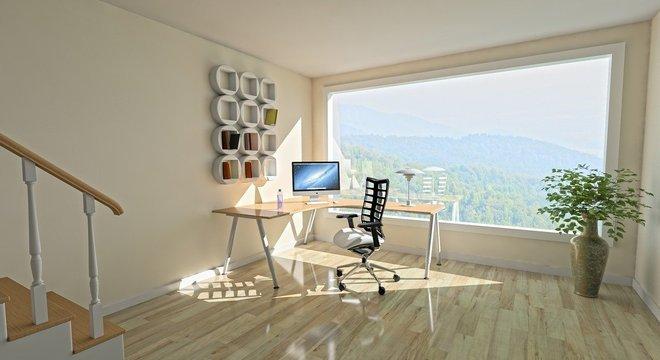 A NR 17 prevê que as cadeiras de escritório tenham regulagem de encosto, ajuste de assento, apoio de braço, entre outras características.