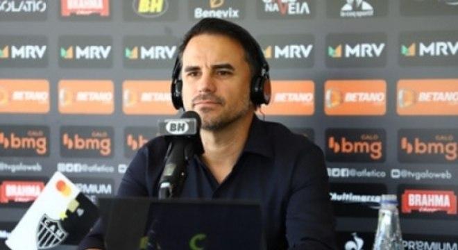 Caetano deu entrevista na Cidade do Galo sobre temas que geram interesse no torcedor
