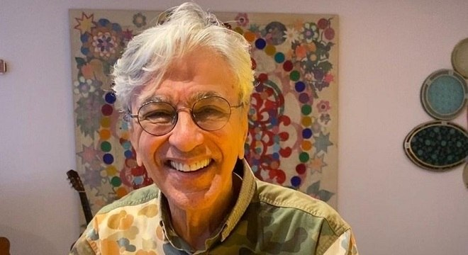 Caetano Veloso completa 78 anos, nesta sexta-feira (7)
