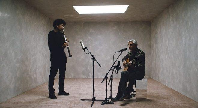 Caetano Veloso une forças com clarinetista Ivan Sacerdote em novo disco