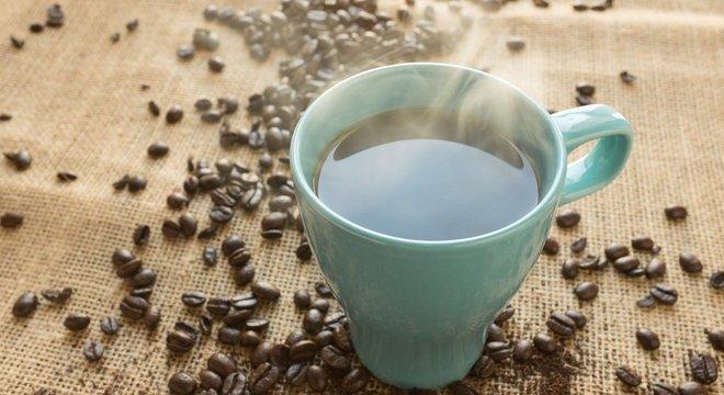 Desde 1721, quando as primeiras mudas de café chegaram ao Brasil, muita coisa mudou, inclusive o modo de preparo da bebida.