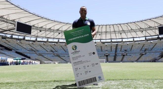 Cafu foi garoto-propaganda do início das vendas de ingresso da Copa América b95e4f6e43d8a