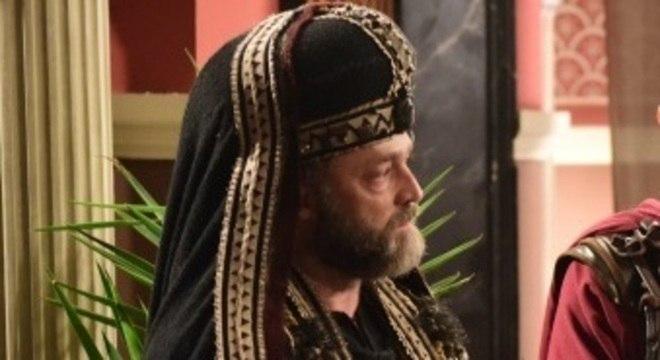 Caifás descobre que Judite está grávida