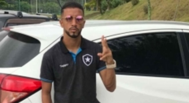 Caio Alexandre carro Botafogo