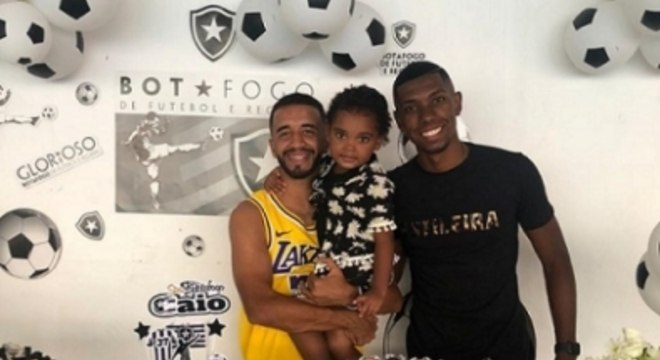 Caio Alexandre e Kanu - Botafogo