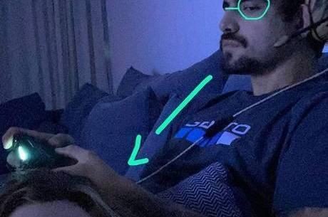 Caio 'quebra internet' em foto com Grazi